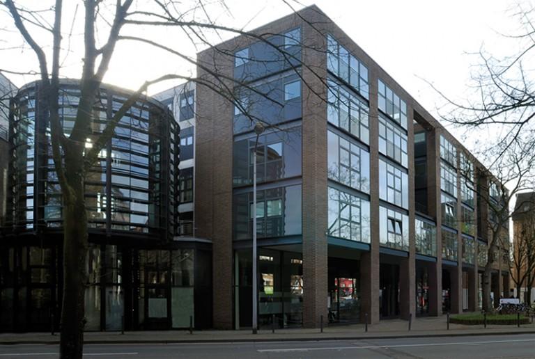 boehmarchitektur Wohn- und Geschäftshaus, Köln